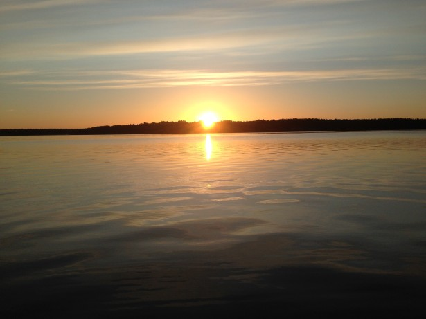 Рассвет на Высокинском озере