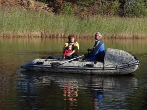 прогулка на лодке по каналу