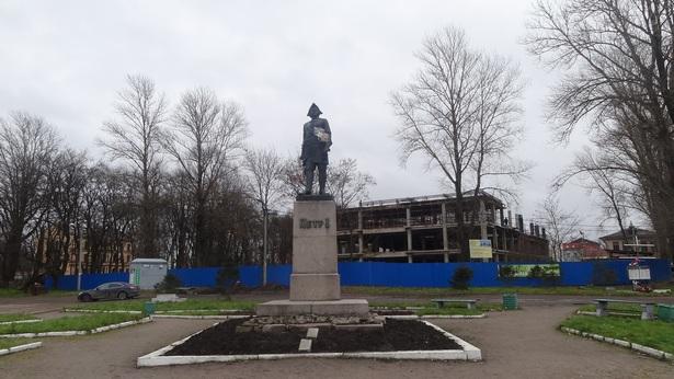 памятник Петру в Шлиссельбурге