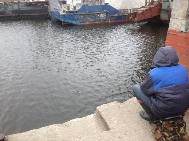 рыбак в шлиссельбурге