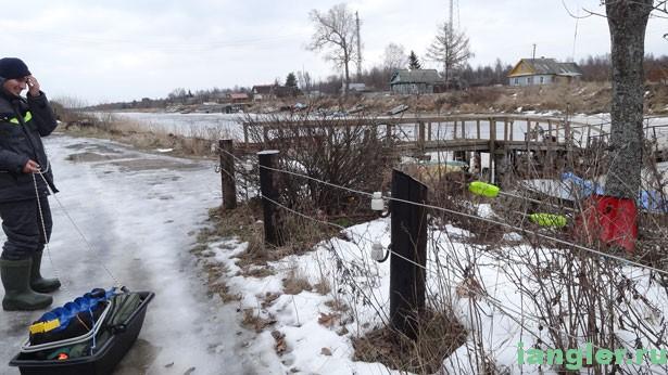 Забор из электростолбов