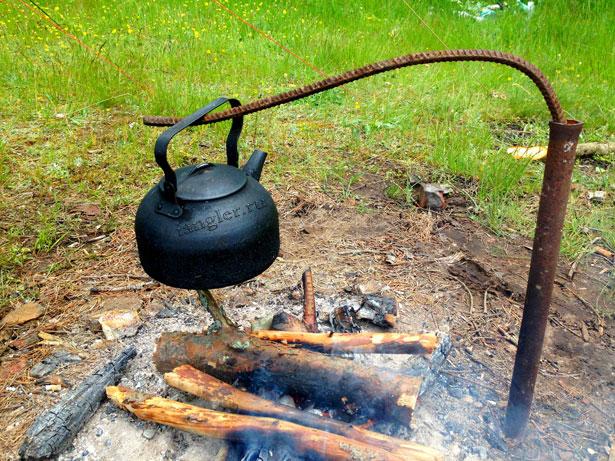 чайник на костре