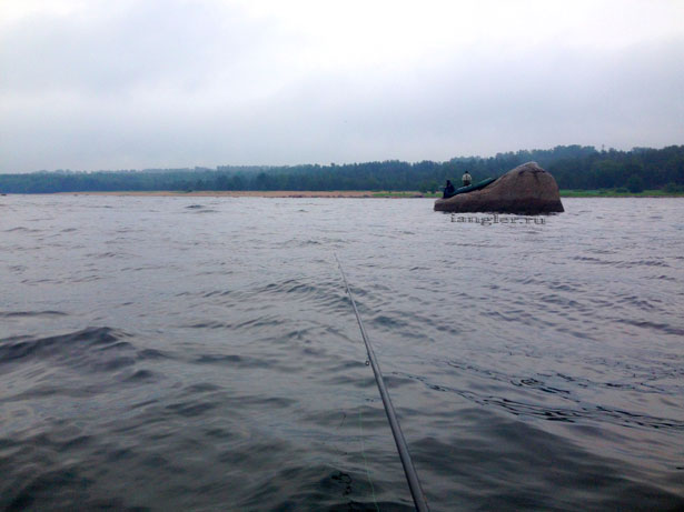 Рыбалка с камней